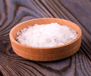 Can you put Epsom Salt in a hot tub